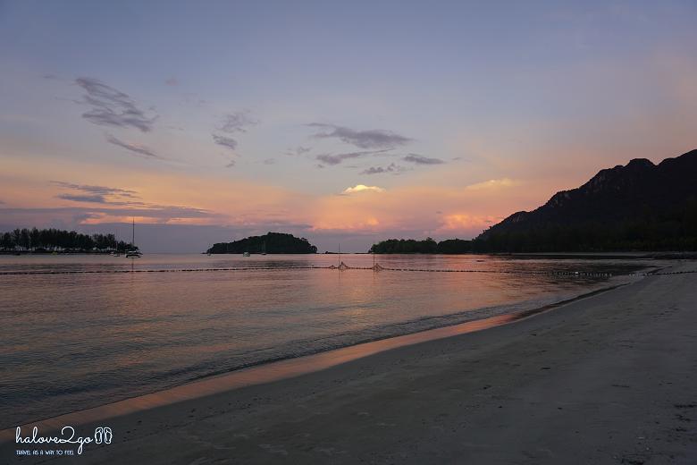 thien-duong-bien-dao-cua-malaysia-langkawi-beach.png
