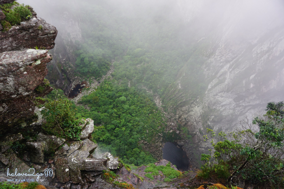 dam-minh-voi-thien-nhien-o-thung-lung-pati-day-3-waterfall-2