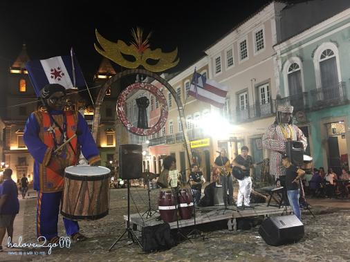 pho-co-pelourinho-co-kinh-nhung-khong-binh-yen-carnival