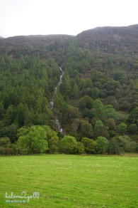 lai-xe-ngoan-muc-xuyen-anh-scotland-conniston-waterfall
