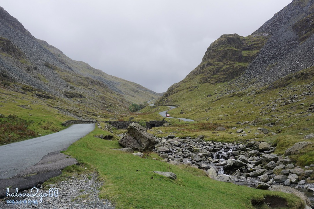 lai-xe-ngoan-muc-xuyen-anh-scotland-zigzag-road.jpg