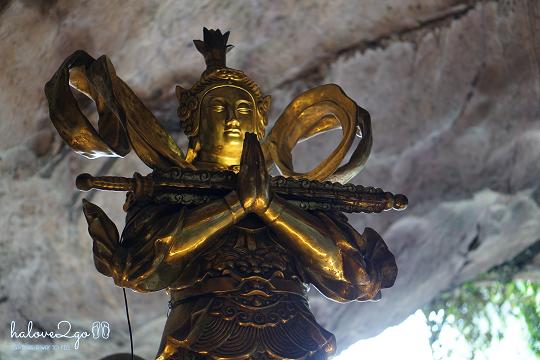 ipoh-thanh-pho-xinh-dep-it-duoc-biet-den-cua-malaysia-kekloktong-statue