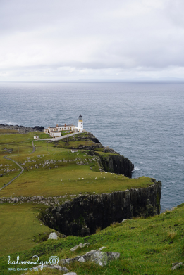 rong-ruoi-khap-scotland-neist-point-lighthouse