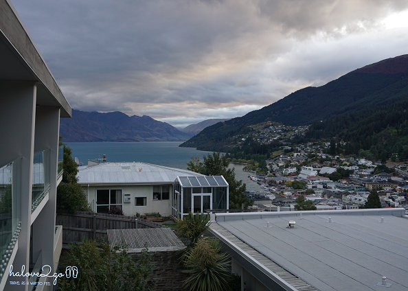 tat-tan-tat-bi-kip-du-lich-new-zealand-hotel-queenstown