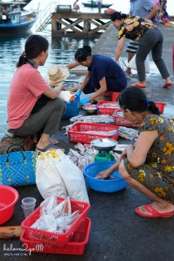 hoang-so-mot-thoang-cu-lao-cham-bai-lang-market