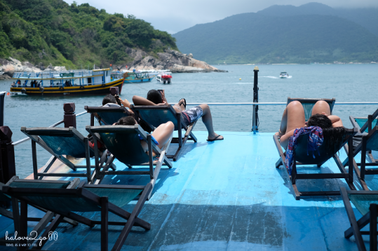 hoang-so-mot-thoang-cu-lao-cham-diving-boat-roof