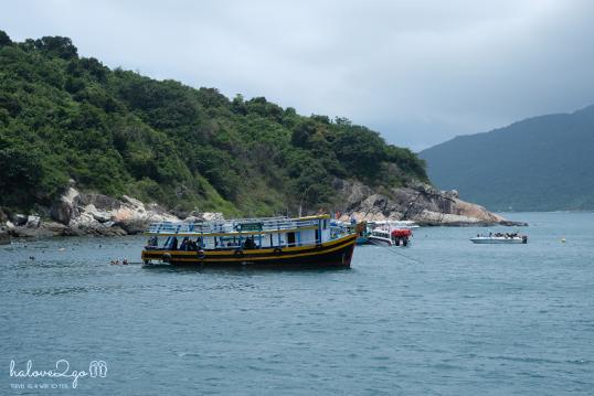 hoang-so-mot-thoang-cu-lao-cham-diving-boat