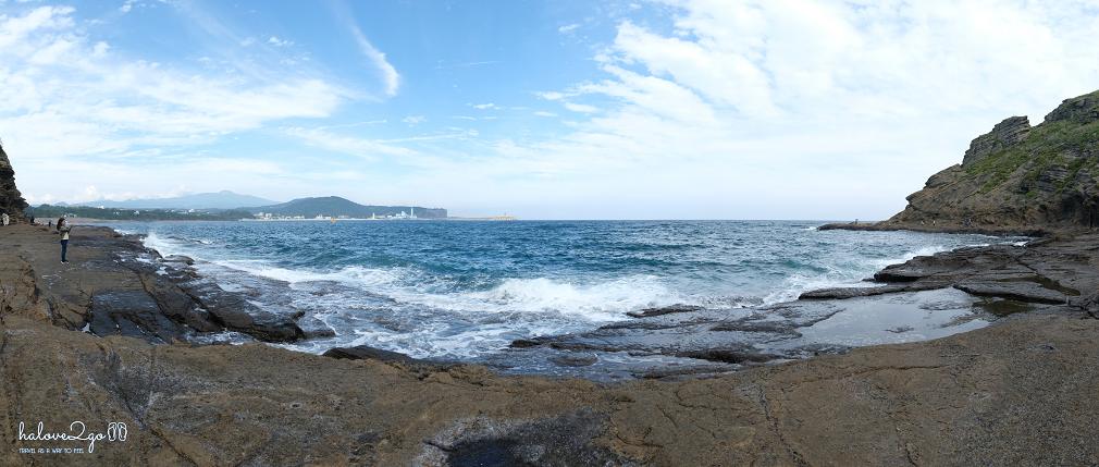 bo-bien-yongmeori-ban-hoa-ca-cua-song-va-da-waves-2