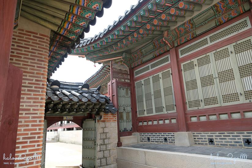 cung-dien-gyeongbok-manh-ghep-tram-mac-5