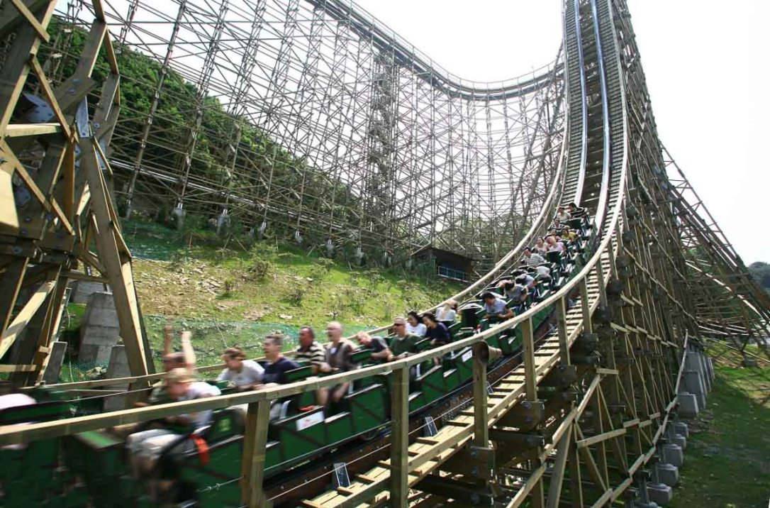 Roller-Coasters-for-Adrenaline-Junkies-