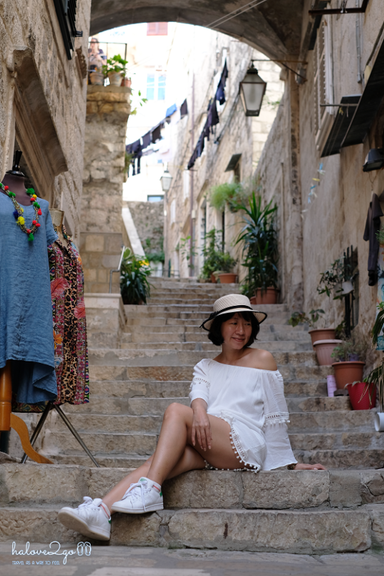 dubrovnik-leo-tuong-thanh-ngam-mai-nha-alley-5
