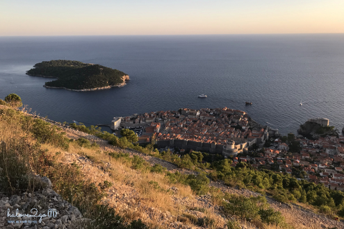 dubrovnik-leo-tuong-thanh-ngam-mai-nha-view-on-the-trail-3