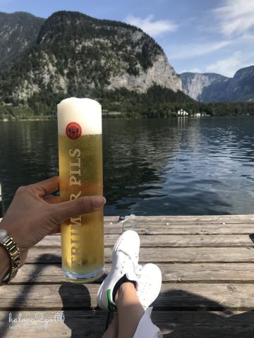 lang-co-hallstatt-mot-nua-nhu-mo-mot-nua-doi-beer