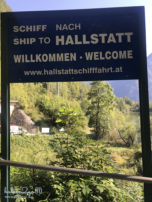 lang-co-hallstatt-mot-nua-nhu-mo-mot-nua-doi-instruction-board