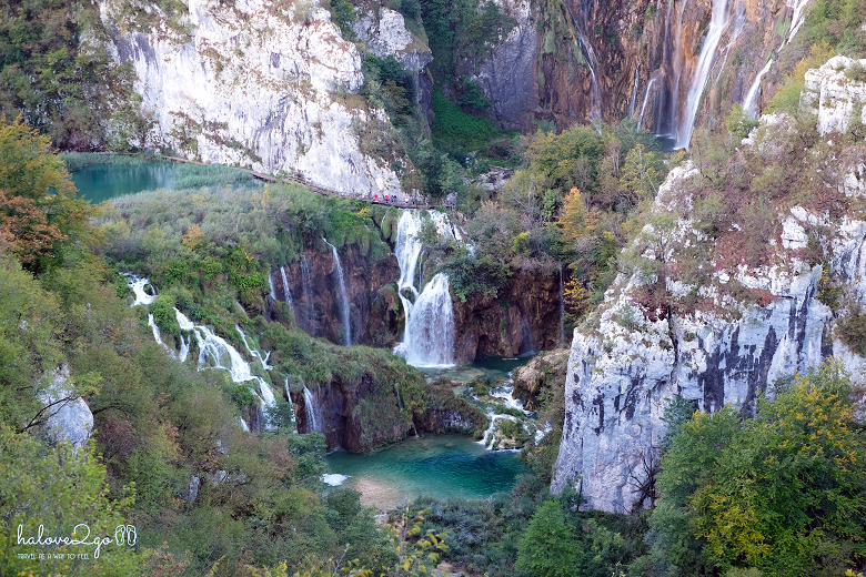 plitvice-bieng-biec-mien-lam-xanh-toan-canh.png