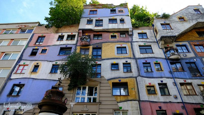 vienna-co-thuc-su-dang-song-Hundertwasserhaus.png